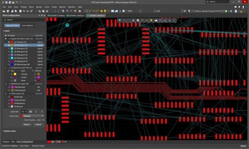 Effektives PCB-Software-Layout: Screenshot einer aktiven Routing Session mit Altium Designer.