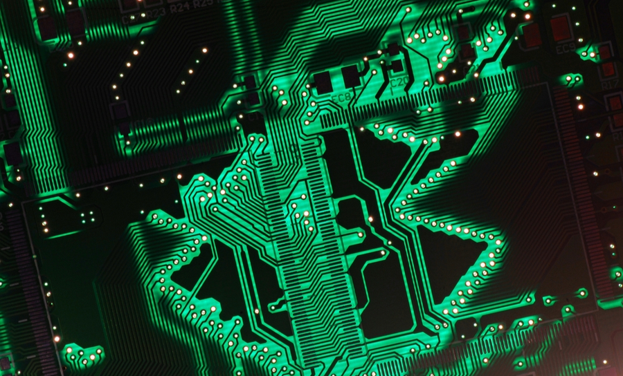 Microvias and HDI traces on a green PCb