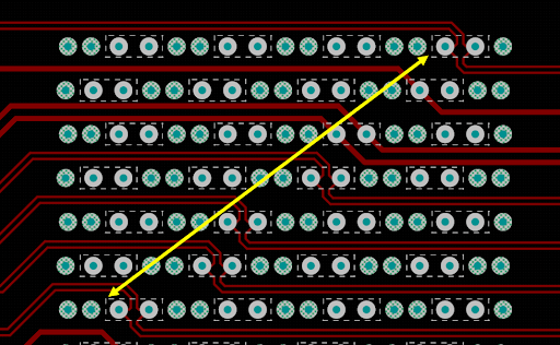 Parallel bus arrangement on a backplane connector